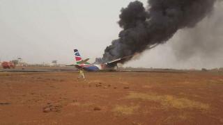 Θαύμα στον αέρα: Σώοι όλοι οι επιβάτες από συντριβή αεροπλάνου (pics)