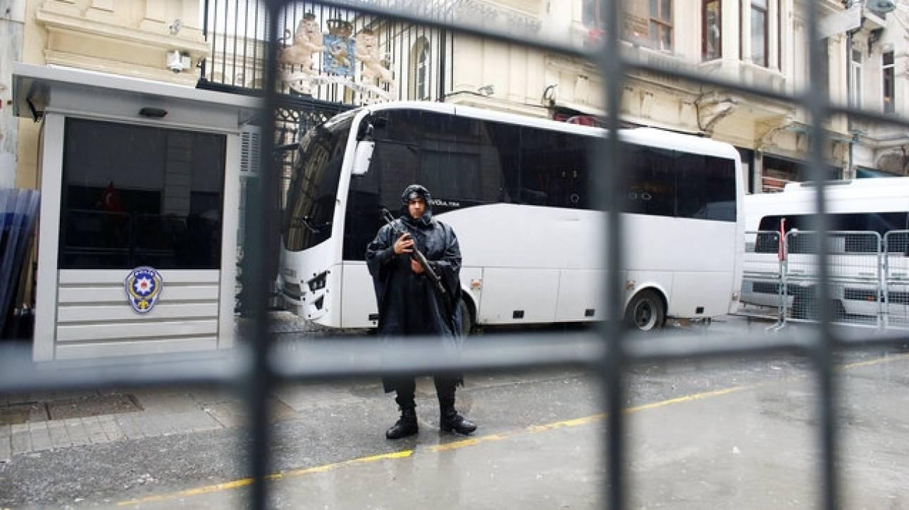 Τουρκία: Πάνω από 2.000 συλλήψεις σε μια εβδομάδα για το πραξικόπημα