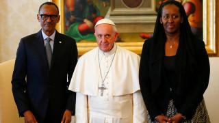 Πάπας Φραγκίσκος: Συγγνώμη για το ρόλο της εκκλησίας στη γενοκτονία της Ρουάντας