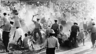 Η Σφαγή του Σάρπβιλ: Το γεγονός που καθιέρωσε την Παγκόσμια Ημέρα κατά του Ρατσισμού