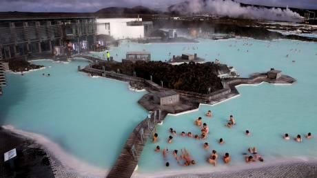 Γαλάζια Λίμνη: Ένας από τους λόγους ευτυχίας των Ισλανδών