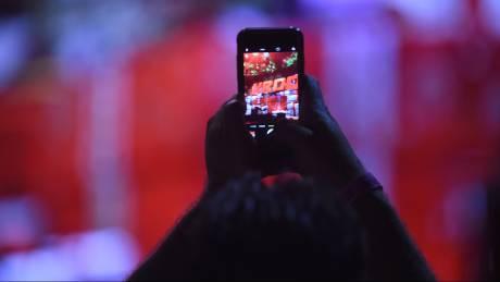 Google και Amazon απειλούν τους παρόχους κινητής τηλεφωνίας