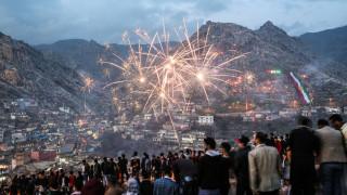 Newroz: Η γιορτή της άνοιξης με τον φακό του CNN Greece (pics&vid)