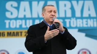 Ερντογάν προς Ευρωπαίους: Αλλάξτε στάση, διαφορετικά θα φοβάστε να περπατήσετε στο δρόμο