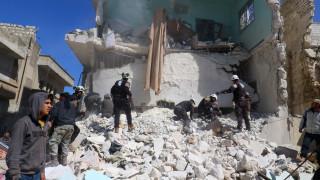 Συρία: Δεκάδες νεκροί από βομβαρδισμούς σε προσφυγικό καταυλισμό