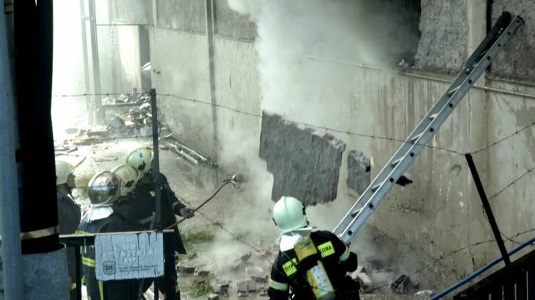 Λάρισα: Πυρκαγιά ξέσπασε σε εργοστάσιο στον Τύρναβο