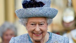 Η βασίλισσα Ελισάβετ ακυρώνει επίσκεψη στη Σκότλαντ Γιάρντ μετά την τρομοκρατική επίθεση