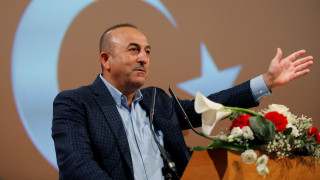 Στην Ελβετία ο Μ.Τσαβούσογλου με φόντο τις τεταμένες σχέσεις Τουρκίας-Ευρώπης