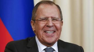 Ο Λαβρόφ υποστηρίζει Λεπέν χαρακτηρίζοντάς την «ρεαλίστρια» και όχι «λαϊκίστρια»