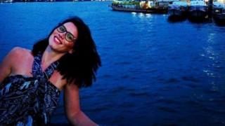 Επίθεση Λονδίνο: Αυτή είναι η γυναίκα που έπεσε στον Τάμεση (vid)