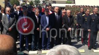 25η Μαρτίου: Αποδοκίμασαν τον Ζουράρι στην Κρήτη (pics)