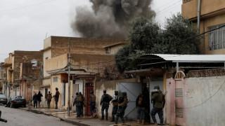 Ο διεθνής συνασπισμός επιβεβαίωσε ότι βομβάρδισε περιοχή της Μοσούλης