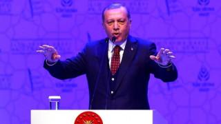 Ο Ερντογάν απειλεί την Ευρώπη και με δεύτερο δημοψήφισμα