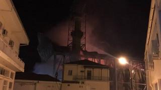 Τι δείχνει το πόρισμα της πυροσβεστικής για τη φωτιά στο τέμενος Βαγιαζήτ (pics&vid)