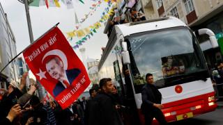 Έξαλλοι οι Τούρκοι με διαδήλωση στην πρωτεύουσα της Ελβετίας