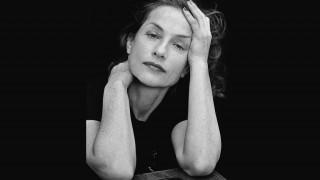 «Είμαι Ελληνίδα»: Η Iζαμπέλ Ιπέρ για την Παγκόσμια Ημέρα Θεάτρου
