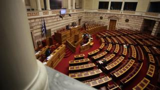 Υποχρεωτική η αναγραφή χώρας προέλευσης σε γάλα και κρέας: Τι προβλέπει ν/σ που έρχεται στη Βουλή