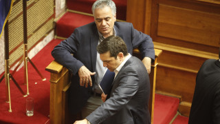 «Στην πρίζα» η ΚΟ του ΣΥΡΙΖΑ για τη ΔΕΗ