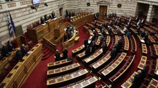 Σε υψηλούς τόνους η προανακριτική στη Βουλή για τα εξοπλιστικά επί Παπαντωνίου