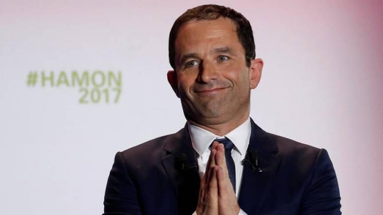 Δημοσκόπηση Γαλλία: Πάνω από τους μισούς ψηφοφόρους θέλουν την απόσυρση του Αμόν