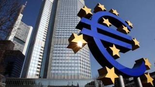 Η ΕΚΤ μπορεί να εξετάσει την περιστολή του προγράμματος αγορών ομολόγων νωρίτερα από το αναμενόμενο