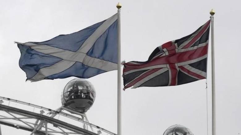 Η πρωθυπουργός της Σκωτίας με επιστολή στην Μέι ζητά διεξαγωγή νέου δημοψηφίσματος