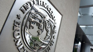 Ανώμαλη προσγείωση από το ΔΝΤ – «Παραμένουν οι διαφορές»