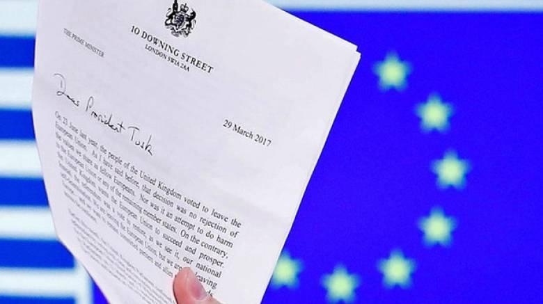 Bloomberg: Στις 22 Μαΐου οι επίσημες διαπραγματεύσεις για το Brexit