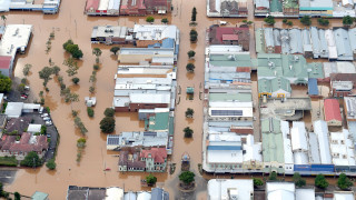 Αυστραλία: «Εμπόλεμη ζώνη» θυμίζουν οι περιοχές που «σάρωσε» η Ντέμπι (pics&vid)
