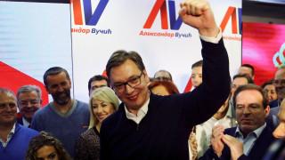 Σερβία: Συντριπτική νίκη του Αλεξάνταρ Βούτσιτς στις εκλογές (pics)