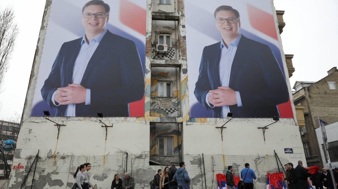 Αλεξάντερς Βούτσιτς: Ο εθνικιστής χορευτής του Dancing With The Stars έγινε φιλελεύθερος