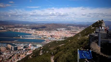 Γιβραλτάρ: Ο βράχος που χωρίζει Ισπανία – Βρετανία