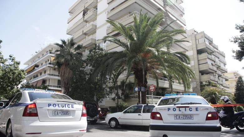 Απίστευτο: Ο ληστής στο Παλαιό Φάληρο κρυβόταν 10 ώρες μέσα στη ντουλάπα