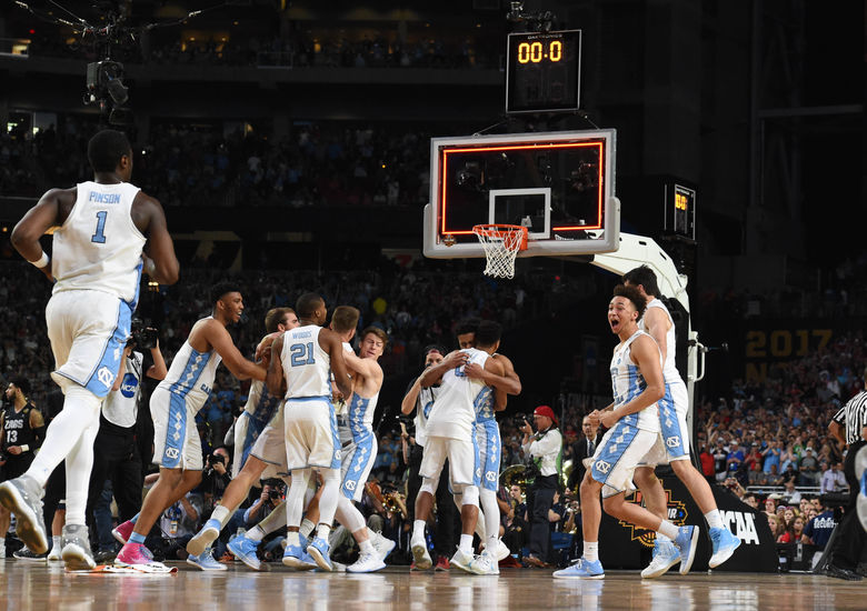 2017 04 04T035357Z 545868423 NOCID RTRMADP 3 NCAA BASKETBALL FINAL FOUR CHAMPIONSHIP GAME GONZAGA VS NORTH CAROLINA