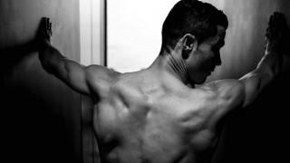 Γυμνός στο Instagram ο Κριστιάνο Ρονάλντο (vid)