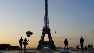 Αγία Πετρούπολη: Ο Πύργος του Άιφελ θα σβήσει τα φώτα του τιμώντας τα θύματα