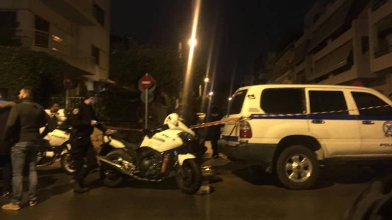 Παλαιό Φάληρο: Πυροβόλησαν εν ψυχρώ νεαρό με 4 σφαίρες (pics&vid)