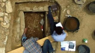Τάφος πολεμιστή των μυκηναϊκών χρόνων εντοπίστηκε στο Μαραθώνα (pics)