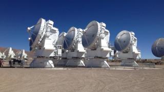 Τηλεσκόπιο με μέγεθος όσο η Γη θα φωτογραφήσει μια τεράστια «μαύρη τρύπα»