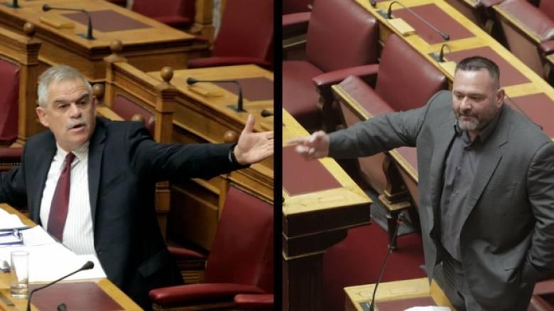 Νέα πρόκληση από τον Λαγό στη Βουλή - Η απάντηση του Τόσκα