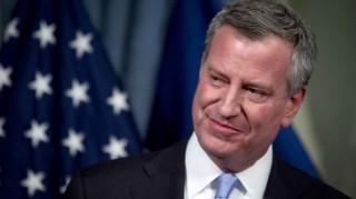 Ο δήμαρχος της Νέας Υόρκης θα κλείσει  τις φυλακές του Ράικερς Αϊλαντ