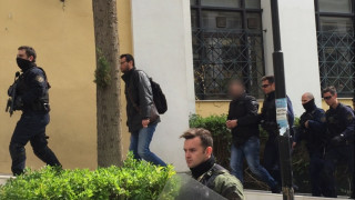 Ο Νίκος Μιχαλολιάκος απέλυσε τον Χρυσαυγίτη για τον ξυλοδαρμό του φοιτητή