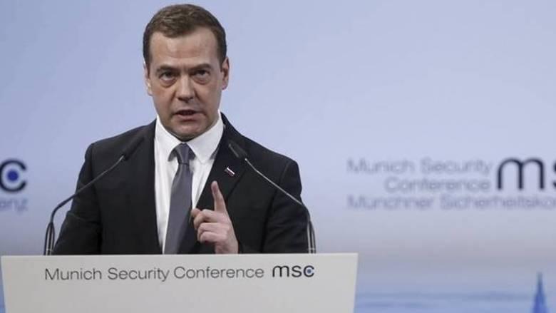 Μενβέντεφ: Θλιβερή η κίνηση των ΗΠΑ - «Χάλασε η σχέση μας»