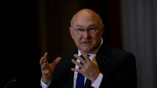 Μισέλ Σαπέν: Αναγκαία μια συνολική συμφωνία για το χρέος με το ΔΝΤ