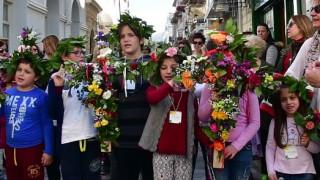 Σάββατο του Λαζάρου: Μικρά παιδιά αναβίωσαν το έθιμο (pics&vid)