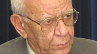 Πέθανε το ιστορικό στέλεχος της Αριστεράς Μένιος Αλεξιάδης