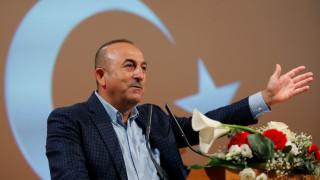 Ο Τσαβούσογλου «μαλώνει» τη Ρωσία για τον Άσαντ