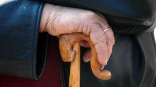 Πάτρα: Άγνωστος μπήκε σε σπίτι ηλικιωμένης - Τη χτύπησε και της άρπαξε τη βέρα