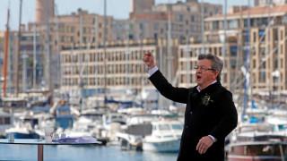Γαλλία: Ο «υποψήφιος της ειρήνης» Μελανσόν ανέβηκε στην τρίτη θέση (pics)