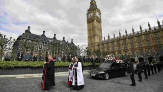 Λονδίνο: Φόρος τιμής στον νεκρό αστυνομικό από την επίθεση στο κοινοβούλιο (pics)